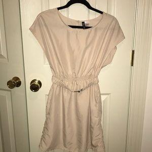 H&M Mini dress cream sz 4